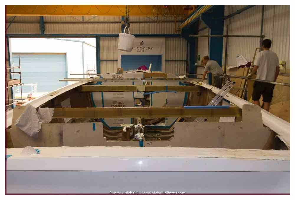 southerly-480-deck-mould-hull